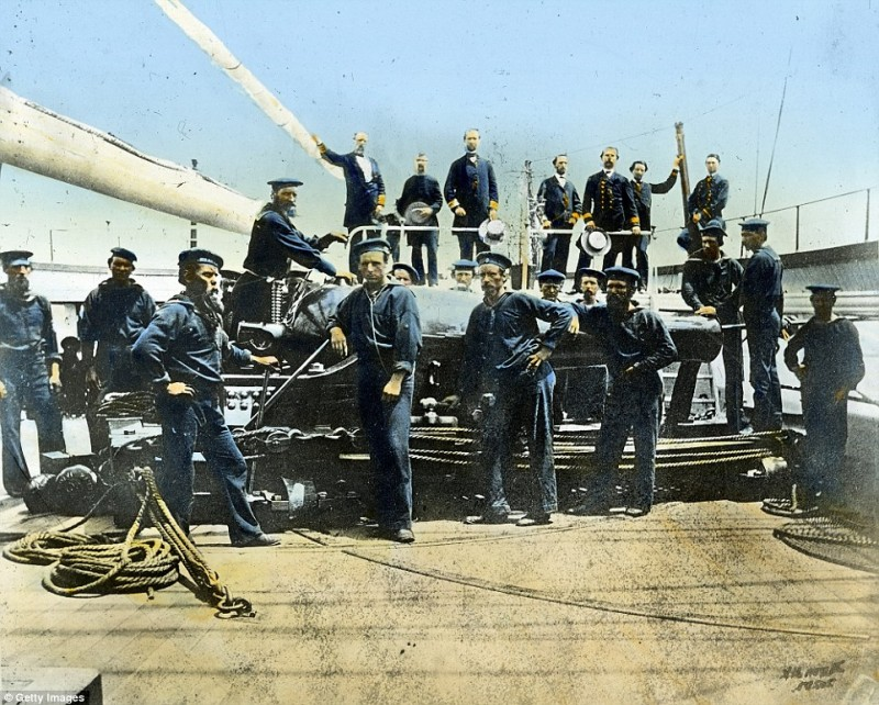 2545C04200000578-2936871-A_group_of_sailors_aboard_the_USS_Wabash_around_1864_The_steam_f-a-54_1422978017483