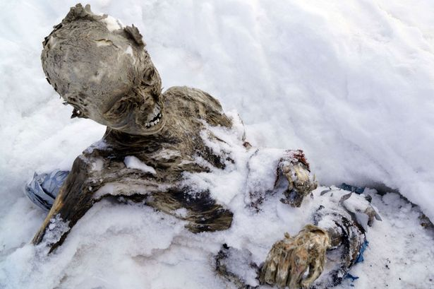 mummified-remains-found-near-the-peak-of-Mexico-highest-mountain-Pico-de-Orizaba-main