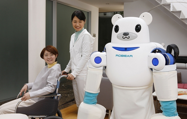 Meet-Japans-Latest-Robot-Invention-that-Helps-Patients-In-and-Out-of-Wheelchairs-4