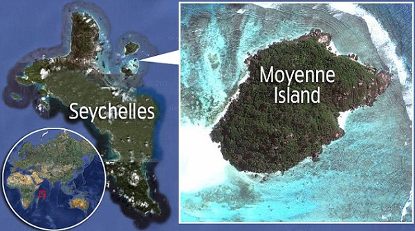 Locator map showing Moyenne Island in the Seychelles, for story about Brendon Grimshaw