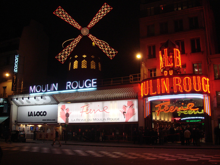 28571183_paris_moulin_rouge